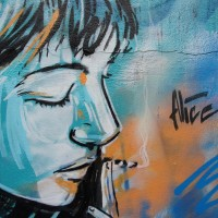 Closeup of an Alice piece on the Willemstraat