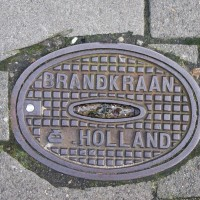 Brand=fire, Kraan=tap/spigott, this is sort of like a fire hydrant thing.