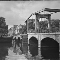 Magere brug in April 1909