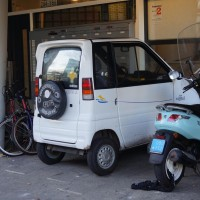 Canta car. Tiny lawn-mower-powered vehicle. Rules do NOT apply to them.