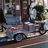Custom, yet very practical and Dutch, Harley trike