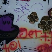 Random skulls and scrawl on the wall, Den Haag