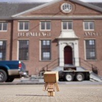 Danbo loves culture, so he checks out the Hermitage