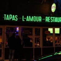 Mixed languages restaurant