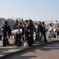 Re-grouping near the Skinny bridge and shouting greetings to passing bargemen