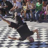 Dude on his head - breakdancing in Eindhoven
