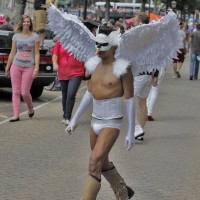 Angel boy walking on the Prinsengracht